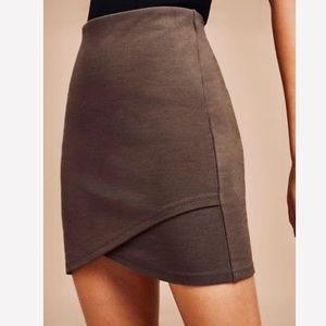 NWT Talula Aritzia Bodycon Mini Skirt in Brown